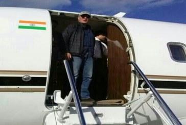 Tre giorni nel Salento, Richard Gere in aeroporto per tornare a casa