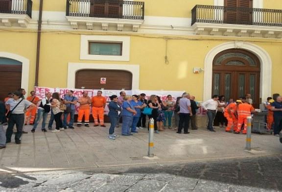 Santa Teresa, per il momento salvi 130 posti di lavoro, contratti sino al prossimo 31 luglio