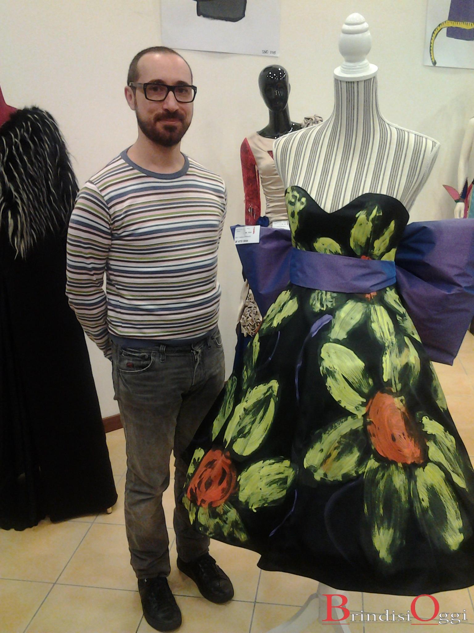 scuola di moda burgo 12 abiti in mostra nella galleria