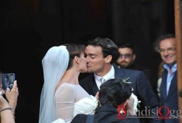 """Semplice e raggiante Flavia dice """"si"""" al suo bel Fabio"""