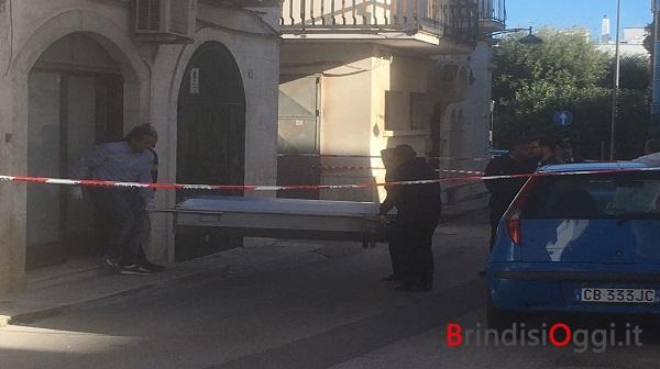 Scoperta Shock Donna E Una Bimba Appena Partorita Trovate Morte In