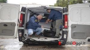 Due garage pieni di pezzi d 39 auto rubate scoperta un 39 altra for Garage centrale auto dijon