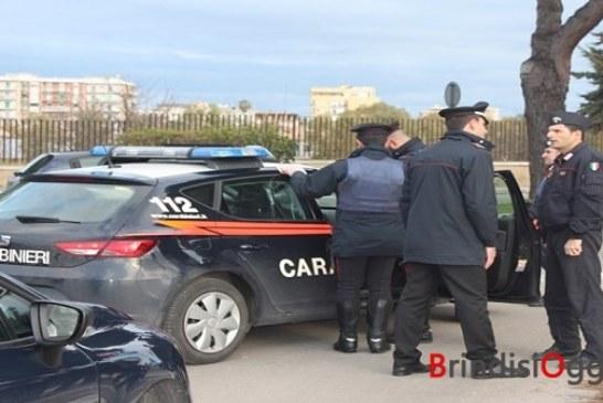 60 carabinieri ed un elicottero, blitz al quartiere Perrino, tre arresti