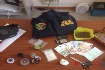 Cocaina e marijuana nella cameretta, arrestato un 21enne al quartiere Commenda