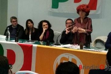 La ministra Fedeli a Brindisi per Renzi, ma l'appello è di andare a votare alle Primarie contro i 5Stelle